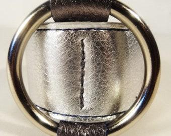 Centered Ring Bracelet / Metallic Silver
