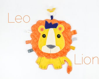 Lion king Lovey Pacifier Holder,Personalized baby gift, Paci holder, pacifier clip, safari jungle theme, Binky buddy, unique baby gift,