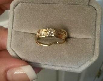 Sesalie Custom Bridal Set Made in 14 Karat Yellow Gold with Genuine Princess Cut Diamond Center Stone & Brilliant Round Side Stones Size 8