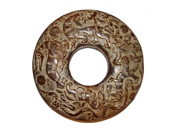 Rare Han Dynasty Jade Bi Amulet