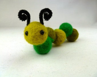 Catapillar Needle Felting Kit