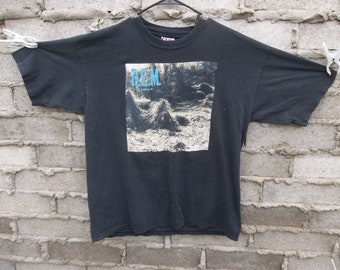 f6be46481 Retro REM T-shirt Murmurs Faded Black T-shirt Crackled Large 1990s Band  Distressed