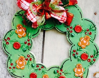 Gingerbread wreath, gingerbread sign, gingerbread family wreath, christmas door sign, christmas sign, holly sign, cookie wreath