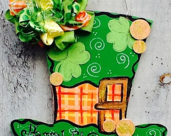 St. Patricks door sign, st. Patricks door hanger, st. Patricks decoration, leprechaun door hanger