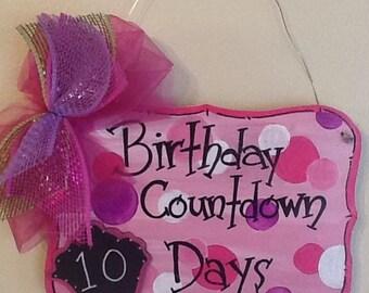 birthday sign, cupcake sign, birthday door sign, birthday refrig sign, Birthday countdown sign, countdown sign, celebration countdown sign
