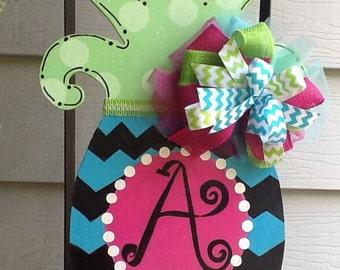 Pineapple door sign, pineapple door hanger, chevron pineapple door sign, monogram pineapple sign,  summer door hanger, fruit door hanger