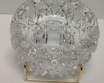 c676c138d31 Vintage very Pheavy cut glass ashtray