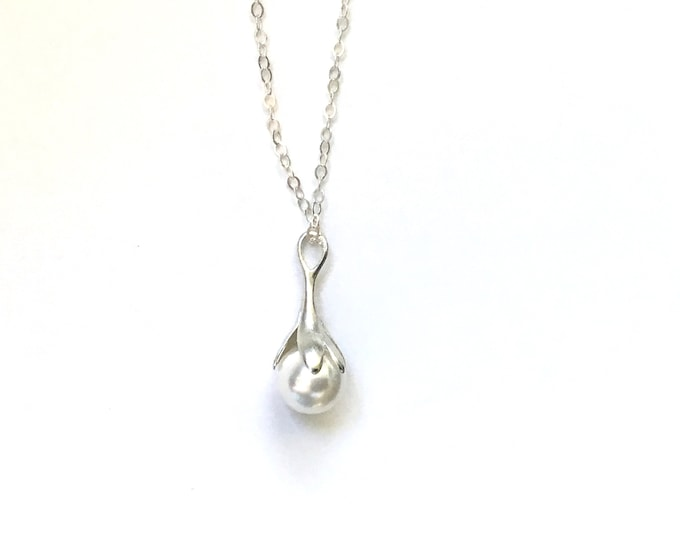 Swarovski White Pearl Sterling Silver Drop Pendant Necklace