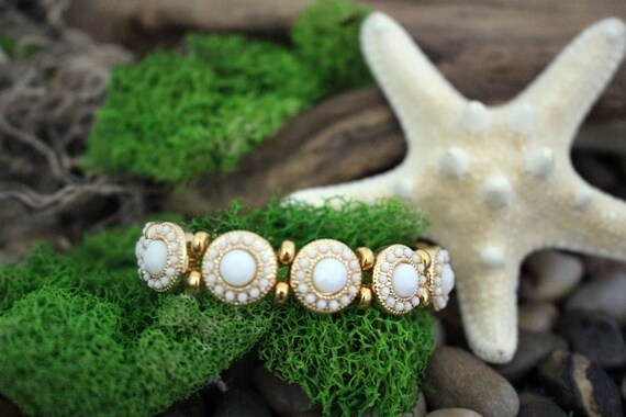 White & Gold Bead Stretch Bracelet