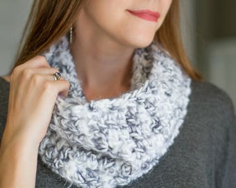 Gray and White Crochet Luxe Thick Cozy Infinity Scarf // Super Soft Acrylic Blend Scarf // Fall & Winter Weather // Ready to Ship