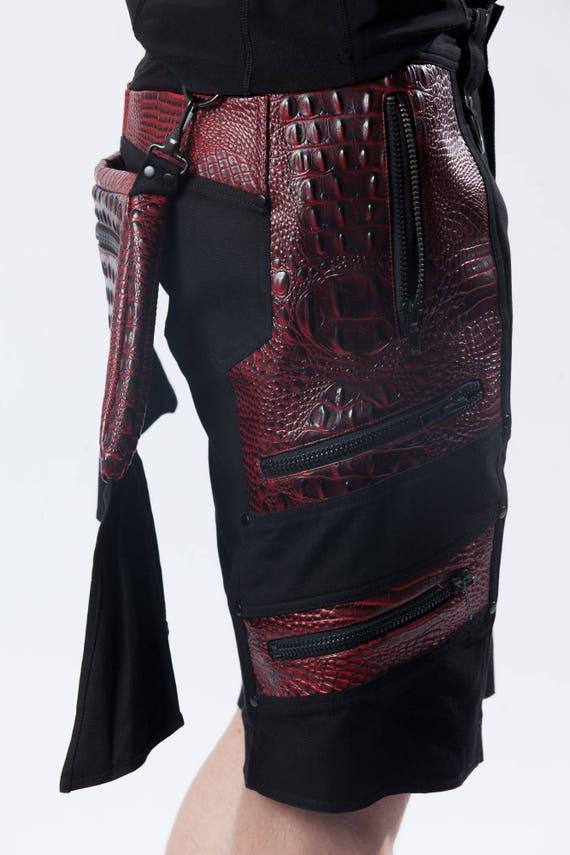 Bondageshorts und Bondagehosen aus Leder