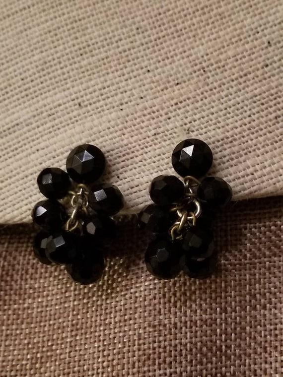 Vintage Black Cluster Clip On Earrings