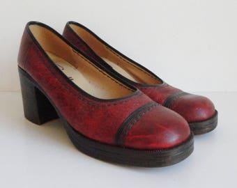 33caf862171 Red 70s Vintage Platform Shoes With Chunky Heel    College    Size 38 39     Vegan