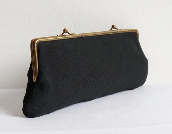 Black 60s Vintage Vegan Clutch Bag With Golden Clo
