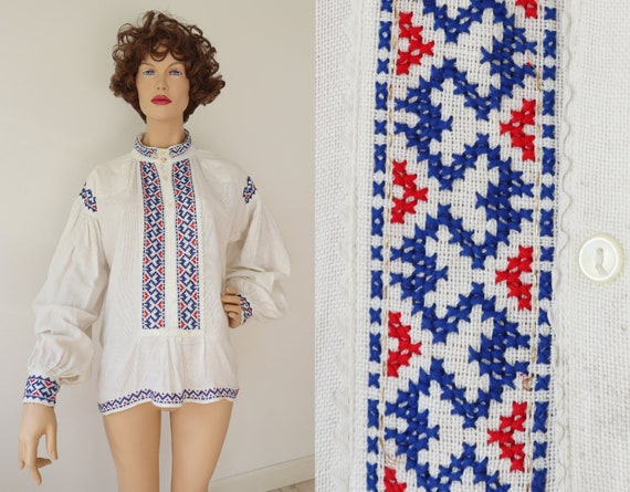 White 30s Cotton Vtg. Blouse With Blue/Red Embroid