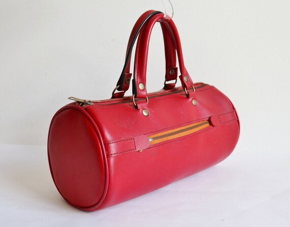 Red 60s Vintage Vegan Top Handle Bag // Rare Bag /
