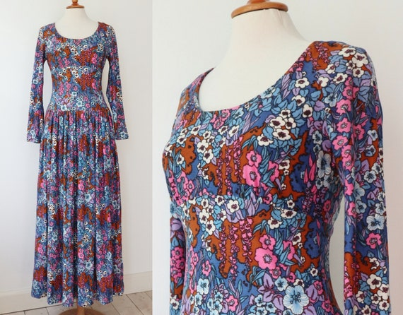Blue 70s Maxi Dress With Dropwaist // Flowers In P