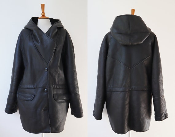 Black 90s Hooded Vtg. Sheepskin Leather Jacket //