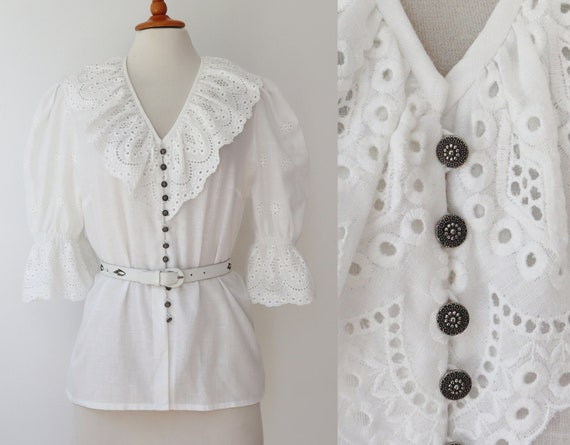White Vtg. Blouse With Broderie Anglaise // Perry