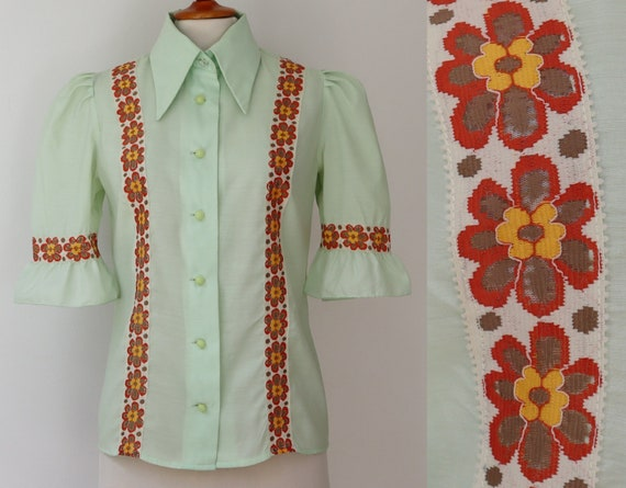 Lovely Pastel Green 70s Vintage Blouse With Puff S