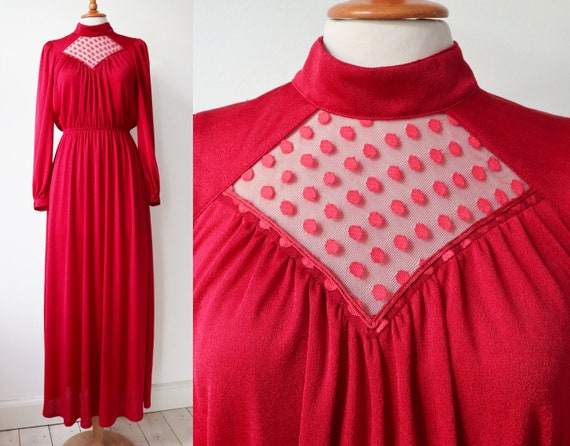 Lovely Red 70s Vintage Maxi Dress // High Neck //… - image 3