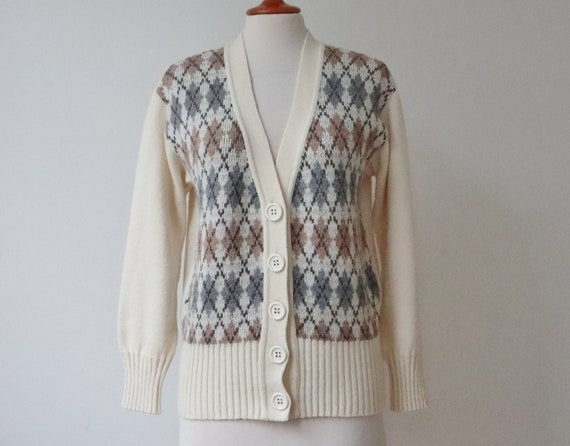 Ivory 70s Vintage Cardigan With Beige/Gray Pattern