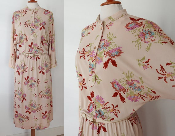 KJ 80s Vintage Dress With Batwings And Flower Prin