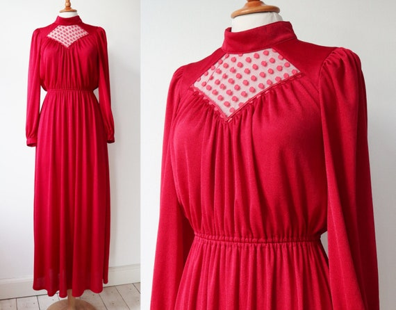 Lovely Red 70s Vintage Maxi Dress // High Neck //… - image 1