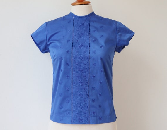 Blue 60s Vintage Blouse // Broderie Anglaise // Si