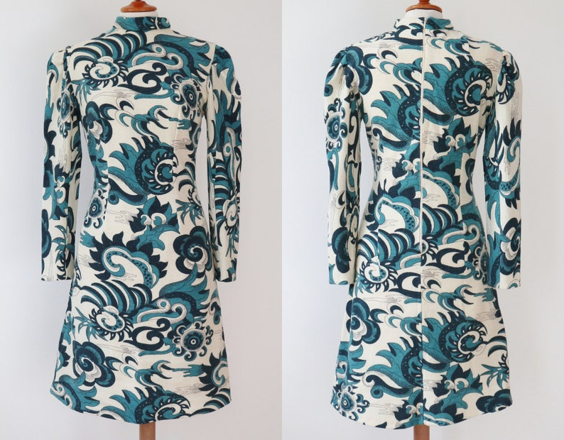 Very Beautiful 60s Vintage Print Dress  Blue /& Off White