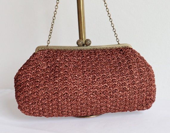 Brown Crocheted 60s Bag // Golden Closure // Vegan