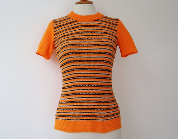 Orange 60s Slim Fit Blouse // Fitted Top With Brow