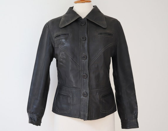 Fitted Black 70s Vintage Leather Jacket // Big Col