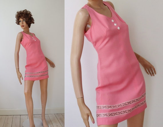 60s Pink Vintage Mini Dress // Embroidered // Size