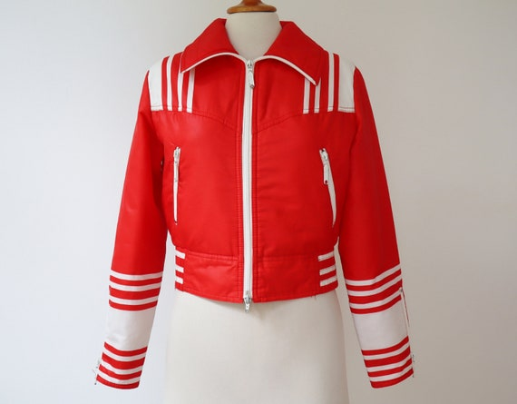 Red 70s Vtg. Ski Jacket With White Stripes
