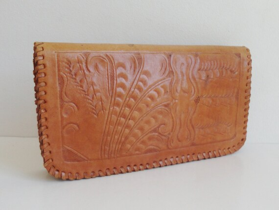 70s Vintage Clutch Bag // Tooled Leather