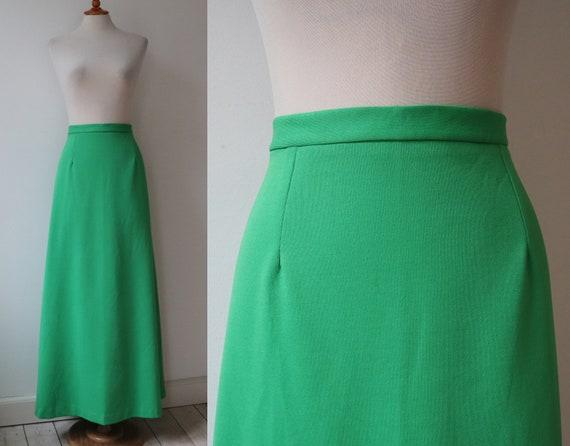 Green 70s Vtg. Maxi Skirt // High Waisted Maxi //