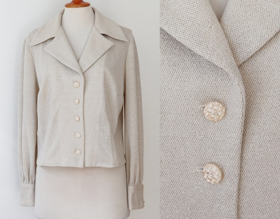 White/Gold 70s Vintage Jacket/Blouse // Big Collar