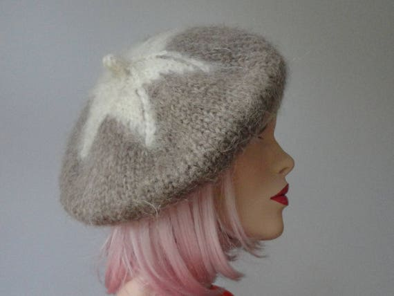 Soft Sand Colered Wool Vintage Hat With Ivory Star