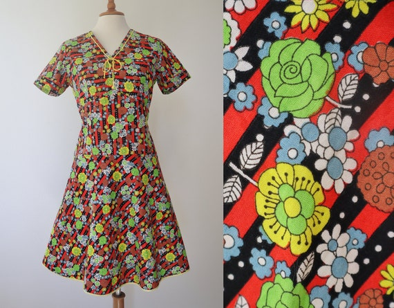70s Vintage  Dress // Stripes And Flowers In Stron