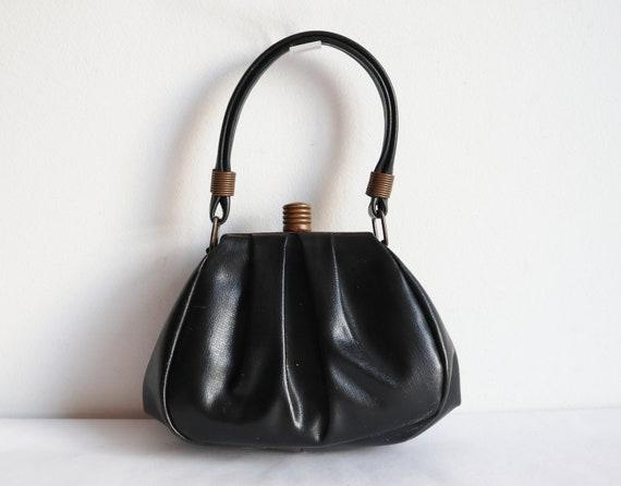 Black 30s40s Vintage Bag // Golden Closure // Vega