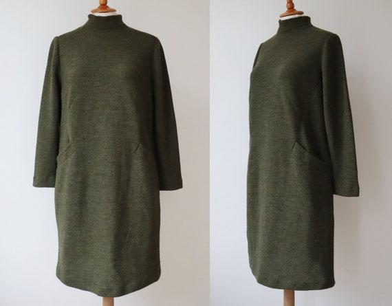 Olive Green Vtg. Knit Dress // High Necked Dress W