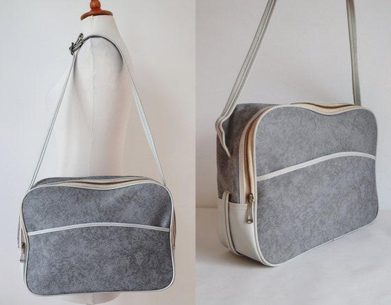 Gray Ivory 60s Vintage Vinyl Bag // Travel Bag //