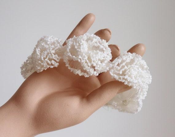 Lovely 60s White Headpiece // Tiara // Bridal Head