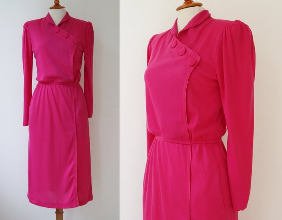Pink 80s Dress // Big Buttons // Puff Sleeves // E