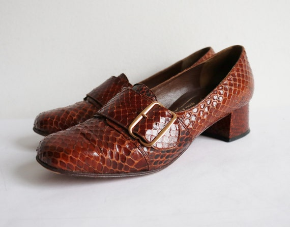 Brown 60s Snakeskin Vintage Shoes // Princess - Re