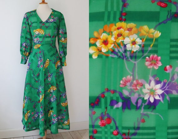 Green Semi Sheer 70s Maxi Dress With Bright Colore