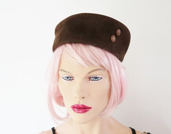 Brown 60s Suede Vintage Pillbox Hat // Size 51