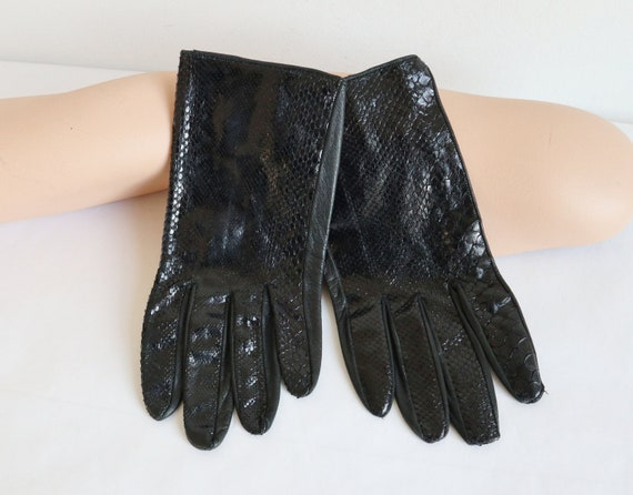 Black Reptile Vtg. Gloves With Black Leather // Si