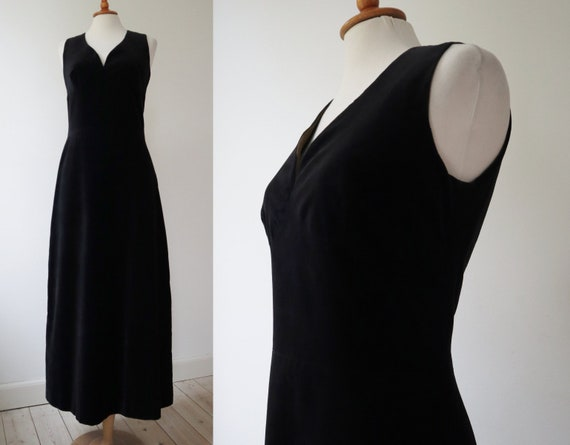 Black 70s Velvet Maxi Dress // Cotton // Size 40